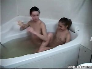 Teen Girlfriends Kissing And Eating Cunt In The Bathtub