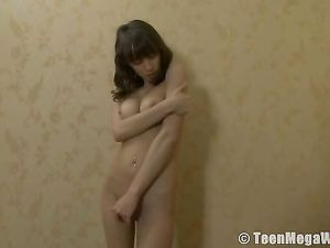 Incredible Body On A Masturbating Teen Brunette