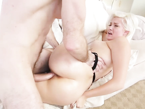 Hot Close Ups On A Big Ass Blonde Hardcore Slut